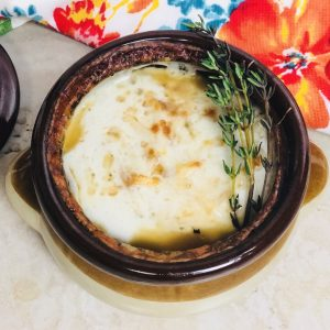 slow-cooker-french-onion-soup-recipe-heather-lucilles-kitchen-food-blog