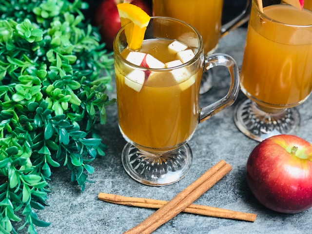 slow-cooker-apple-cider-recipe-heather-lucilles-kitchen-food-blog