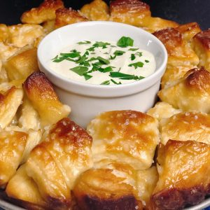 pretzel-monkey-bread-recipe-heather-lucilles-kitchen-food-blog