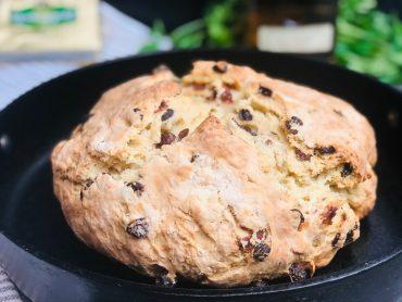 Irish-soda-bread-with-whiskey-soaked-raisins-recipe
